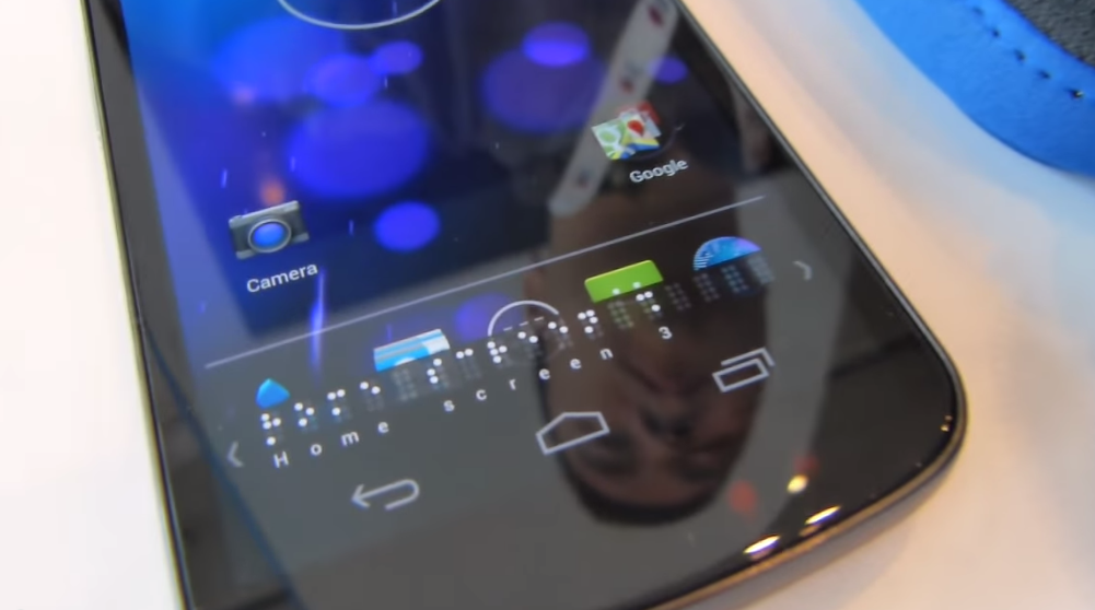 Picture of BrailleBack on a Android phone